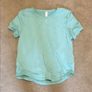 Lululemon teal shirt, GREAT condition